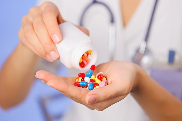 Mito ou verdade: antibiótico faz mal para os dentes?